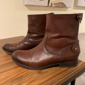 Frye Melissa Button Back Zip Short Boots - 8M